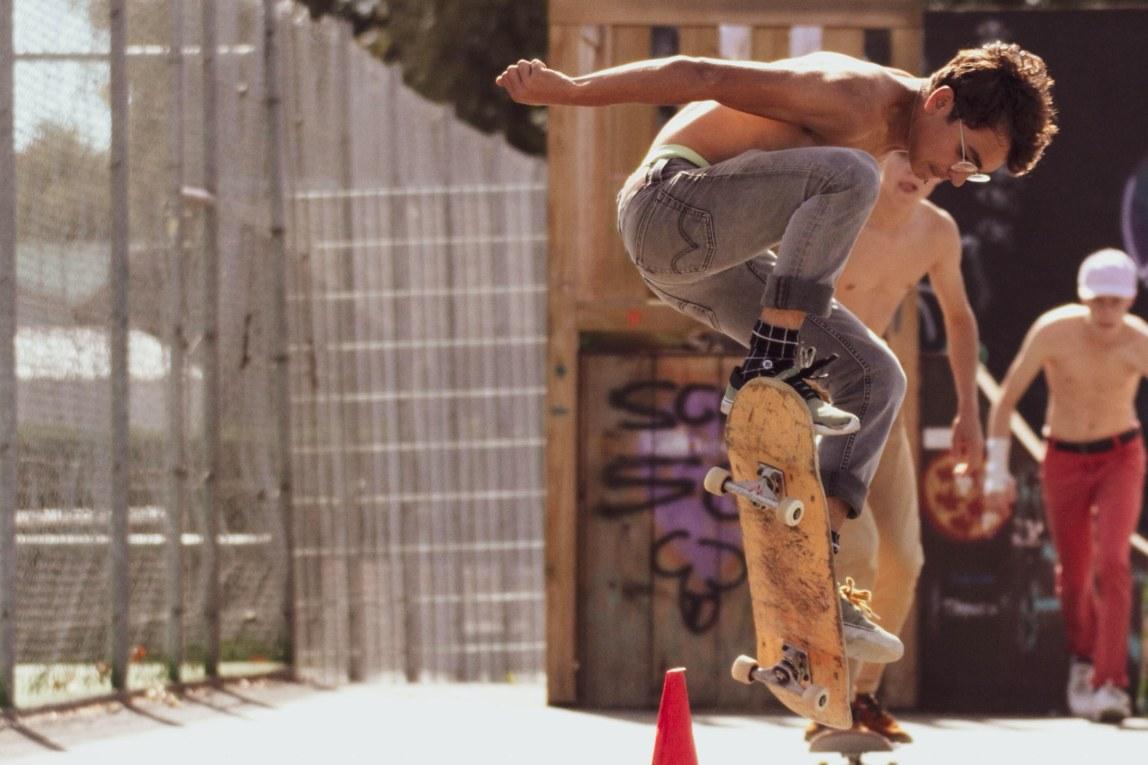 Jongen Skateboard Truc